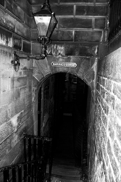 Barrie's close